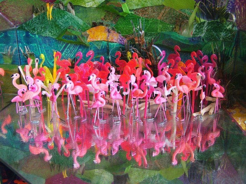 játék számold meg hány flamingó van a képen installáció installation art marina sztefanu artist contemporary art budapest hungary